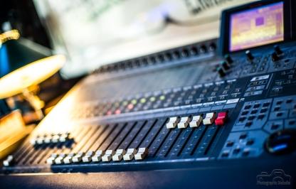 studio-37-5947