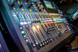 studio-37-6024