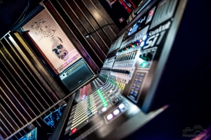 studio-37-6037