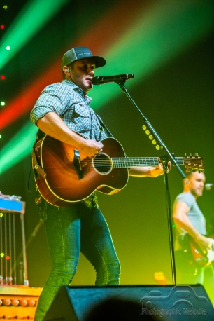 easton-corbin-levi-riggs-3960